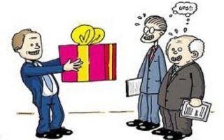 Hướng dẫn về chi phí quà tết tặng cho khách hàng và nhân viên
