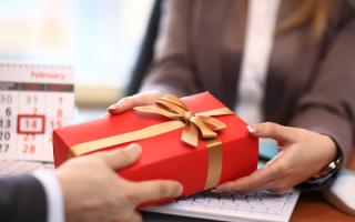 Cách hạch toán hàng hoá biếu tặng mới nhất